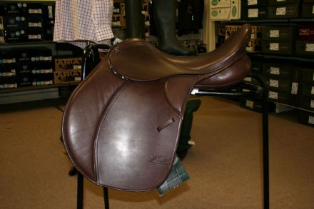 "17.5"" Eva AP XCH Brown Leather Saddle Changeable Gullet"